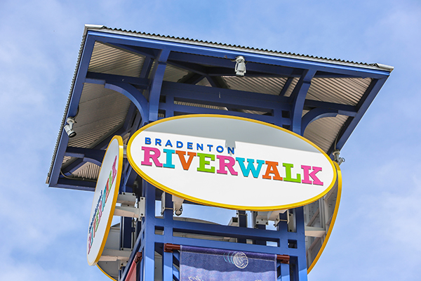 In 2018 Bradenton Launched Its 1 5 Mile Riverwalk Packed With Beautiful Homes And High Class Businesses It Has Become One Of The City S Economic Engines